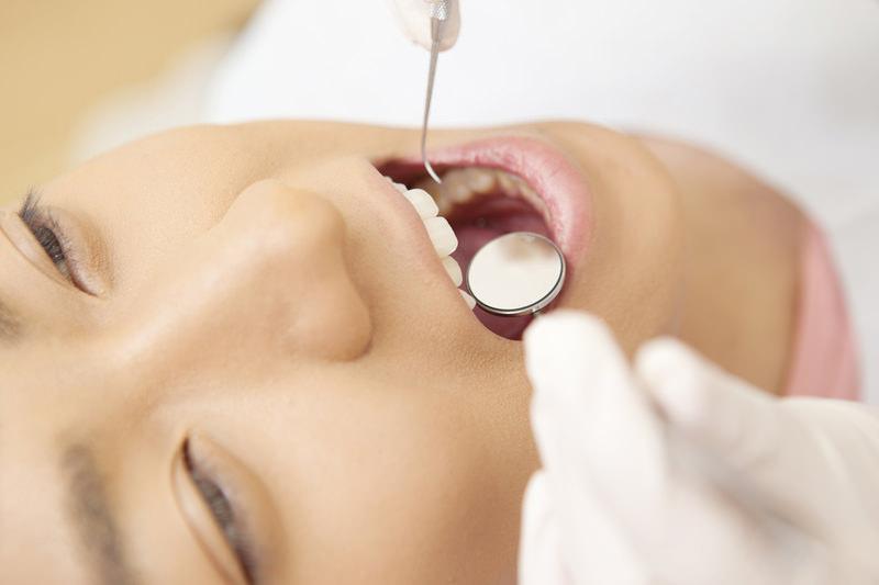目に見えない歯の内部のお掃除「根管治療」