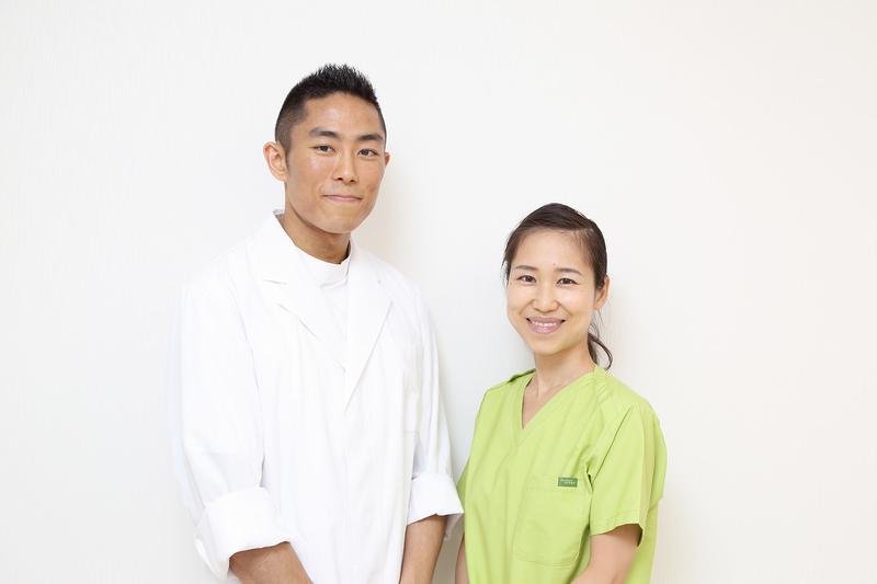 夫婦二人三脚で診療する、アットホームな歯科医院。