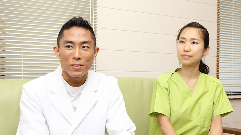 2夫婦二人三脚で診療する、アットホームな歯科医院。